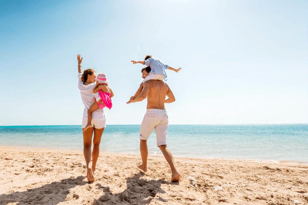 fun-escapes-family-beach-australia-1